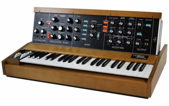 Minimoog model D, zdroj humbuckermusic.com