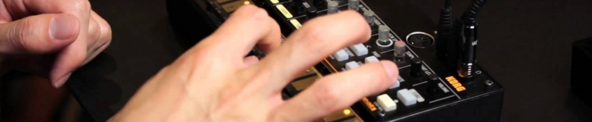 Rozdíl mezi Roland TR-808 a Korg Volca Beats
