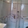 Reference: Rekonstrukce bytového jádra se sprchovým koutem (video)
