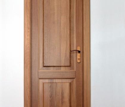 Protipožární dveře v bytovém domě