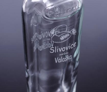 Gravírování do skleněné lahve