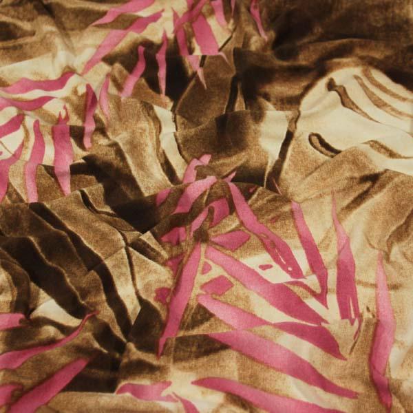 úplet béžový, růžové listy