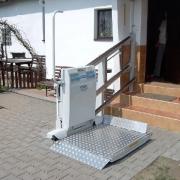 Šikmá schodišťová plošina CPM 300