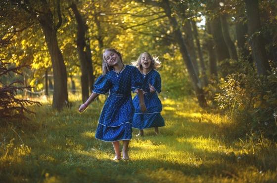 Bosá chůze je pro člověka jediným přirozeným pohybem