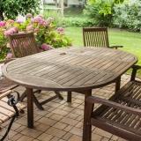Víte, jak správně pečovat o dřevěný zahradní nábytek?