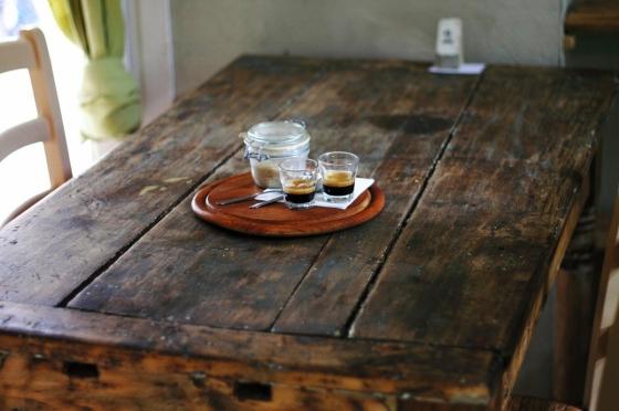 Stůl z masivu slouží po generace