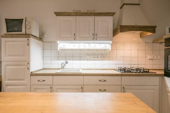 Ukázka nasvícení pracovní plochy v kuchyni od UNIS-N