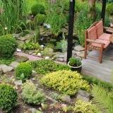 Jak ošetřit venkovní dřevěný nábytek před sezónou