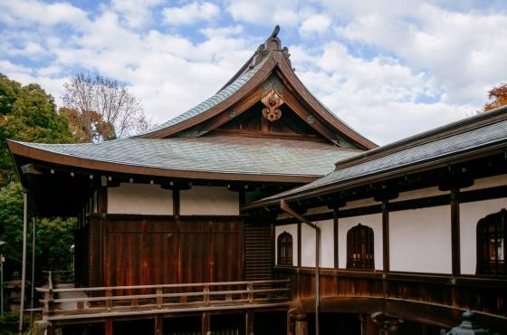 Historická japonská dřevěná stavba