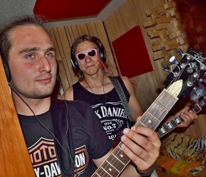 Pohled do studia B v nahrávacím studiu Ziki Records
