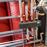 Kotel na tuhá paliva s nerezovou přikládací komorou