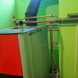 Montáž kotle na tuhá paliva v provozovně