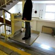 Schodišťová plošina MANUS Prostějov, Czech Republic - CPM 300 - automatické sklápění desky