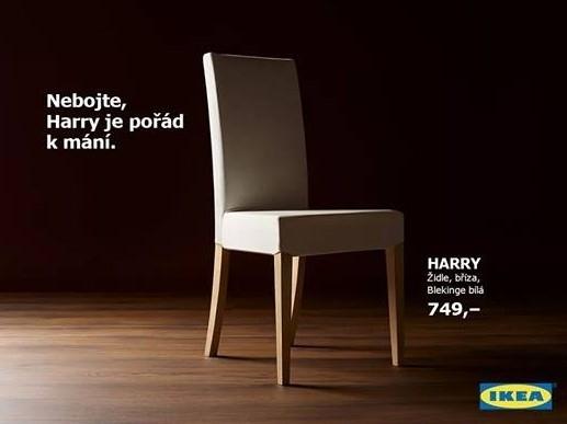 Při tvorbě obsahu se vyplatí také reagovat na aktuální události. Velké oblibě se tato strategie těší u obchodního řetězce IKEA. Tento příspěvek byl například vytvořen při příležitosti svatby prince Harryho a herečky Meghan Markle. Zdroj: Facebook.com/IKEA