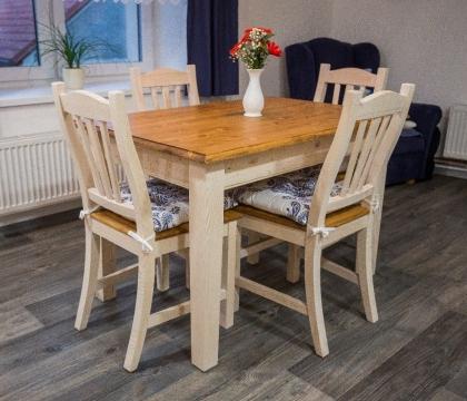 Myslete i na další nábytek v kuchyni - krásu totiž tvoří jednotný styl. Rádi vám poradíme, čím kuchyni vhodně doplnit.
