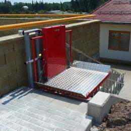 Šikmá schodišťová plošina IPM 300