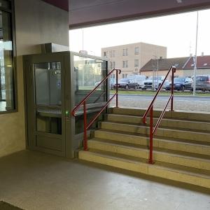 Veselí nad Lužnicí, Přestupní terminál