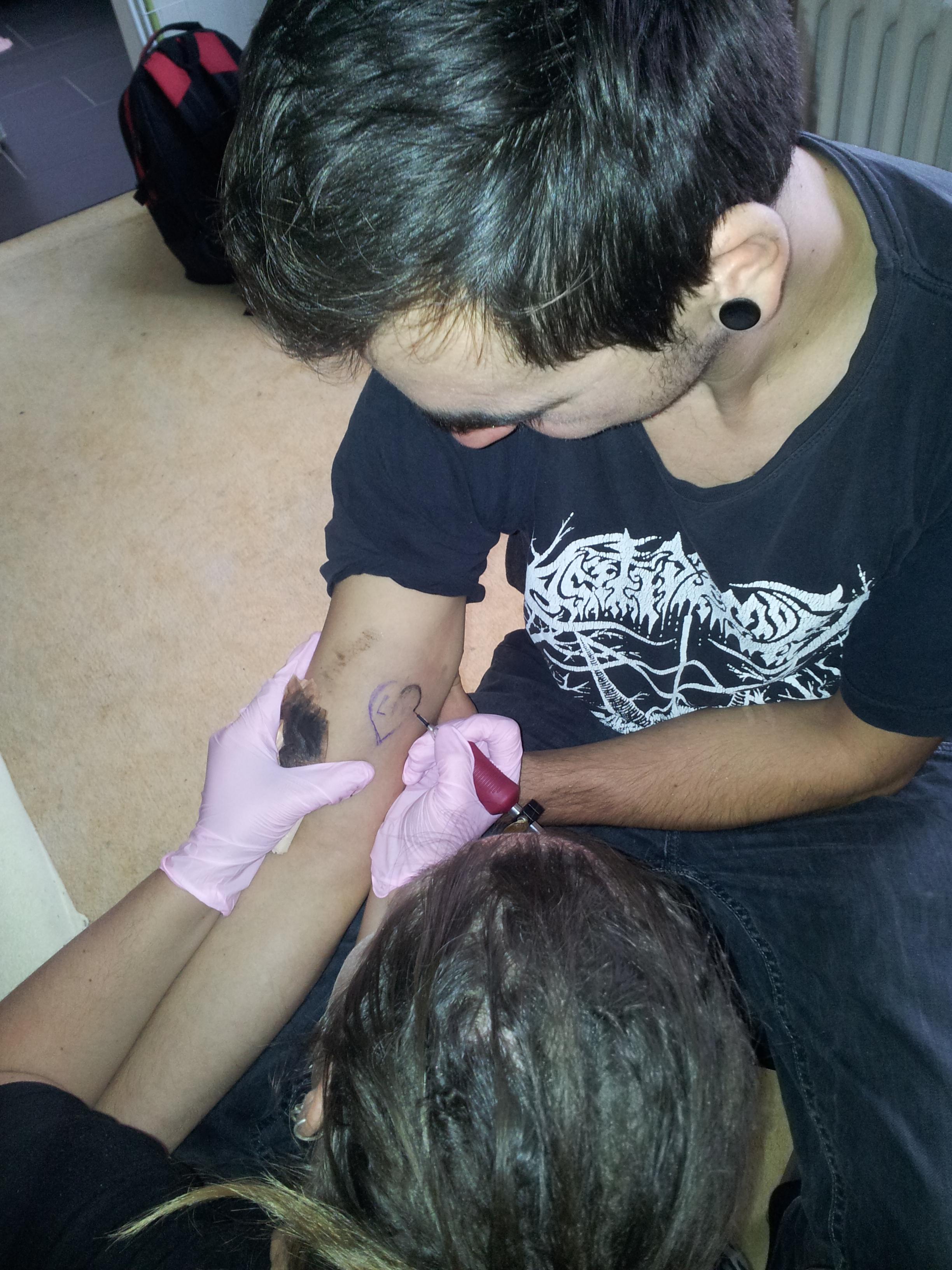diy tetování